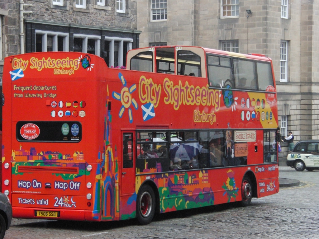 Edinburgh tourbus
